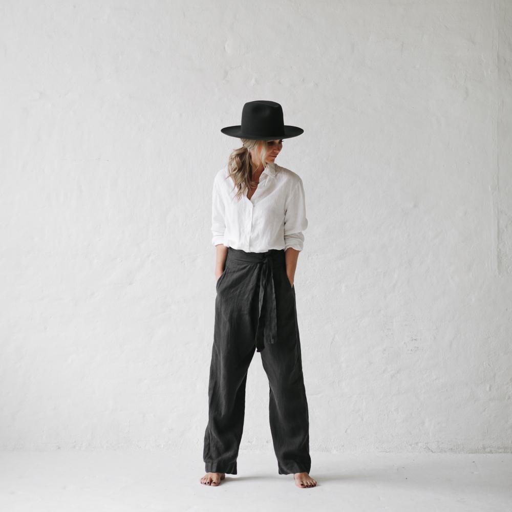 5cf4219f99 ... linen-trousers-grey-007.jpg ...